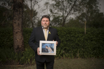 Peter Frazer's daughter Sarah died waiting on the side of the Hume Highway after her car broke down.