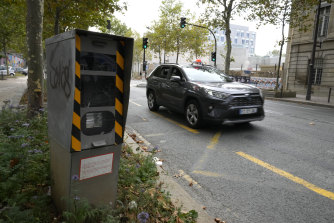 Speed cameras in Paris will now be clocking anyone driving more than 30km/h.