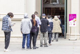 Melburnians line up for their COVID-19 vaccinations on Tuesday, as the city's cluster grew to nine.