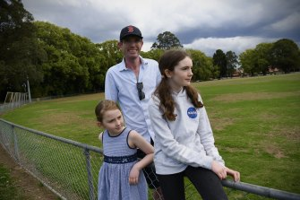 Treasurer Dominic Perrottet with his two young girls Amelia, 10 and Charlotte, 12.