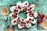 Pomegranate pavlova wreath recipe