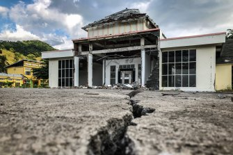 The effects of Lombok's 2018 earthquake can still be seen, such as this abandoned government building in the island's north.