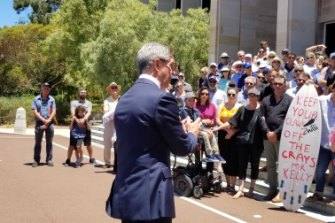 Opposite leader Mike Nahan led the protest.