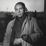 Pablo Picasso in his Paris studio in 1939.