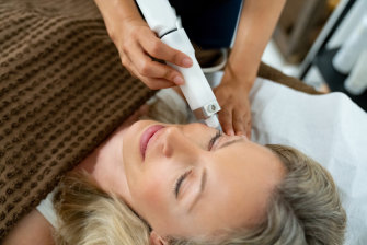 What is the difference between laser treatments?
