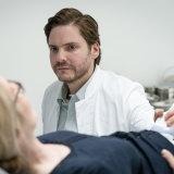 Daniel Bruhl's character in My Zoe recalls the sci-fi doctors of David Cronenberg.