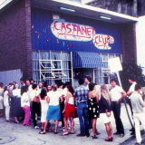 Queues outside the original Castanet Club HQ in Newcastle, c 1982-83.