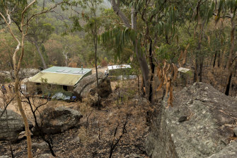 The owners of this house in Ngurrumpaa on the NSW Central Coast believe a cultural burn saved their property.