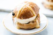 Hot cross bun icecream sandwich
