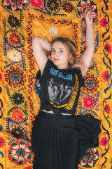 Sydney-born, Nashville-based Americana artist, Emma Swift.