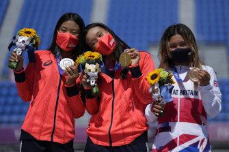 The women's park skateboarding podium (from left) Kokona Hiraki of Japan (age 12), Yosozumi (age 19), and Great Britain's Sky Brown (age 13).
