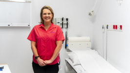 Sam Moules is a special breast cancer nurse.