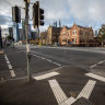 Victorian population shrinks by size of Wodonga as pandemic exodus hits