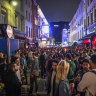 'Physically impossible' to enforce social distancing as British pubs reopen