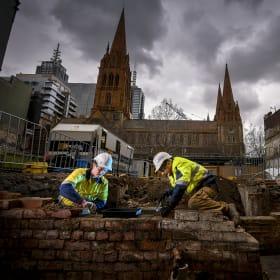 No hidden treasure, but 1000 teeth found in Swanston Street dig