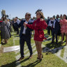 'Low key' Melbourne Cup Day amid COVID-19 restrictions in Sydney