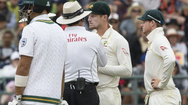 Cameron Bancroft talking to the umpire after the ball tampering incident.