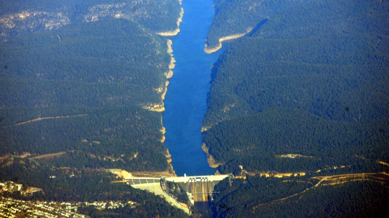 Warragamba Dam in Sydney during the 2005 drought.