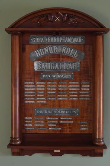 The plaque in the Bahgallah village hall.