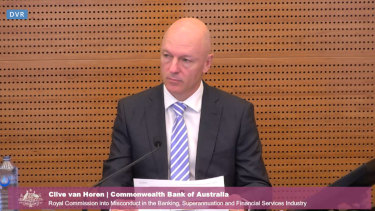 CBA's Clive van Horen said the bank had legal advice that it was not required to tell ASIC about the breach within 10 days because it was of consumer credit laws and not the Corporations Act.