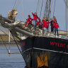 Dutch students complete Atlantic crossing forced by virus
