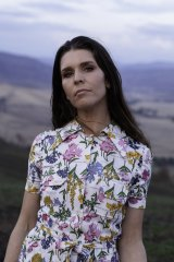Fanny Lumsden will bring songs from her new album Fallow to Victorian fans this weekend.
