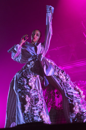 FKA Twigs performs a mesmerising combination of futurist R&B and experimental electronic pop.