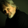 Kris Kristofferson and the Strangers wobble but ultimately win