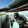 An angry fan has written to the SCG demanding the Yabba statue be removed ... because he was a heckler.