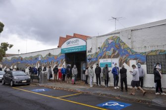 People had a long wait in Collinwgood to get tested for COVID-19.