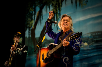 Jim Lauderdale performs at Out On The Weekend in Williamstown.