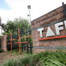 'Perverse' loan incentive funneling students into uni rather than TAFE