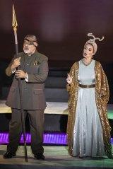 Wotan (Eddie Muliaumaseali'i) and Fricka (Sarah Sweeting).