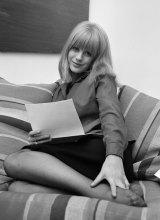Marianne Faithfull in 1964.