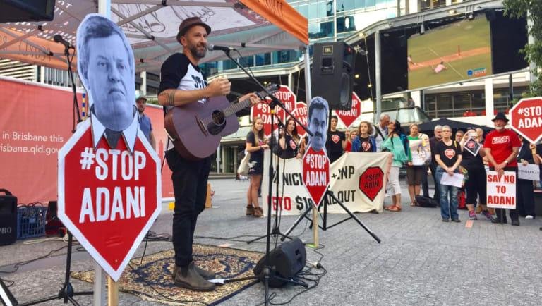 Anti-Adani protest in Brisbane City featured Ben Ely from Regurgitator.