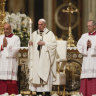 Pope Francis during Easter vigil: Reject the 'glitter of wealth'