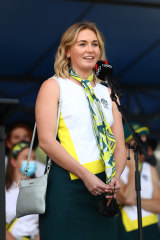 Ariarne Titmus speaks to fans during the Olympic and Paralympic celebration in Brisbane on Friday.