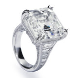 The diamond ring being auctioned with an estimated price range between $990,000 and $1.2 million.