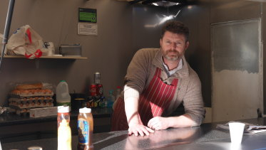 Steven Fowles sells coffee, burgers and baps in the Bicester Bunnings carpark