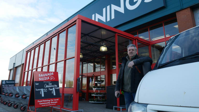 Tradie Kev Abbott prefers Bicester's new Bunnings to the Homebase it replaced - but not everyone agrees.