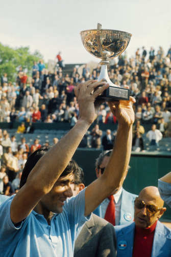 Illie Nastase wins the French Open in 1973.