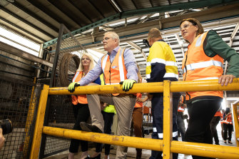 Prime Minister Scott Morrison with Federal Minister for Industry, Science and Technology Karen Andrews (left) and Qld Opposition Leader Deb Frecklington (right) on a visit to Neumann Steel Fabrication on the Gold Coast.