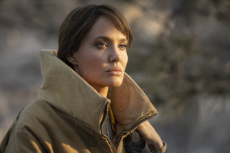 Angelina Jolie plays a daredevil firefighter in Those Who Wish me Dead.