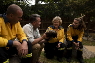 Taronga Zoo will open its doors to emergency service personnel to thank them for all their hard work fighting the NSW bushfires.