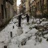 Spain to form vaccine convoys through historic snow dump