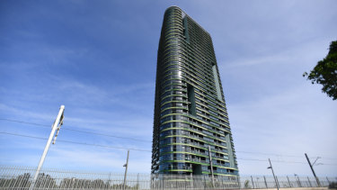 Crucial beams in Opal Tower 'susceptible to bursting'