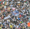 'This crisis, it affects everyone': Organisers say 100,000 at Melbourne's climate strike