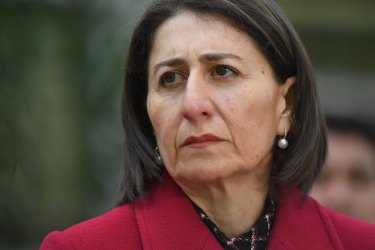'Shackling the economy': Lockdown a last resort for NSW