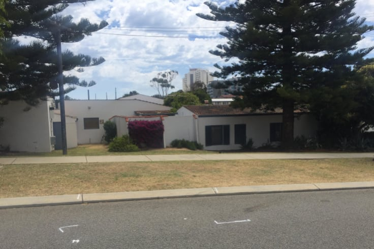 The incident happened on Stanley Street outside Jason Francis' apartment block.