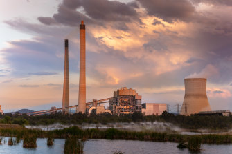 AGL comes under pressure from shareholders.